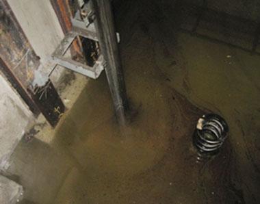 エレベーターのピット内浸水